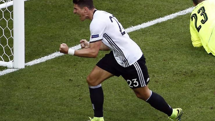Kämpft, trifft und jubelt für Deutschland: Mario Gomez