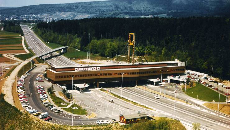 Eine einzigartiges Stück Zeitgeschichte: Die Autobahnraststätte Würenlos wurde kurz nach dem Bau liebevoll «Fressbalken» getauft.