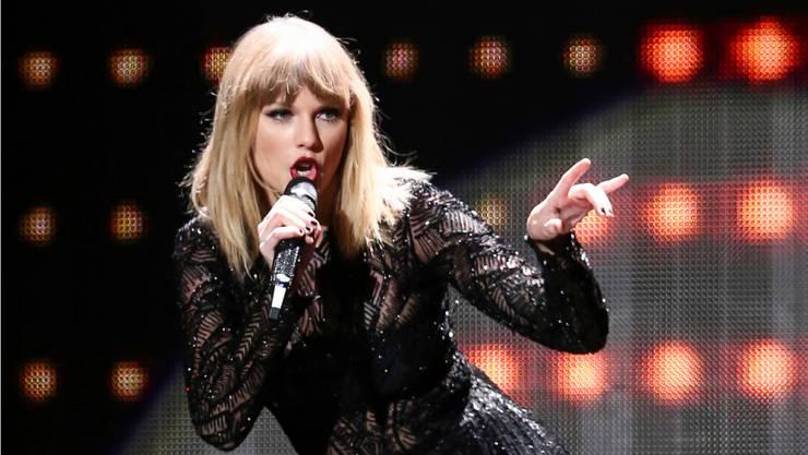 Taylor Swift gehört zu den beliebtesten Musikern in allen sozialen Medien.