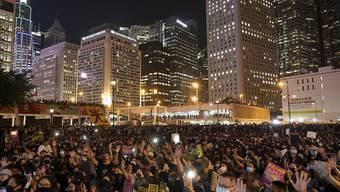 In Hongkong gingen erneut  tausende Anhänger der Demokratie-Bewegung auf die Strasse.