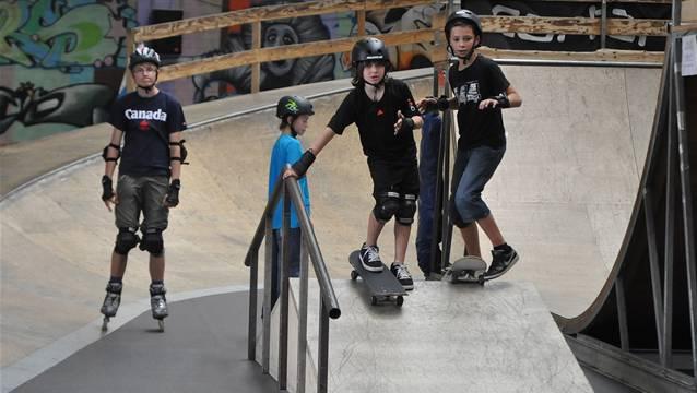 Die Skate-Anlage wird für den Standort in der Telli neu gestaltet. Die Minipipe und Steillwand aber bleiben und werden restauriert.