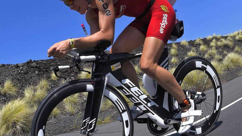 Daniela Ryf kommt auf dem Rad nicht wie gewohnt auf Touren (Archivaufnahme)