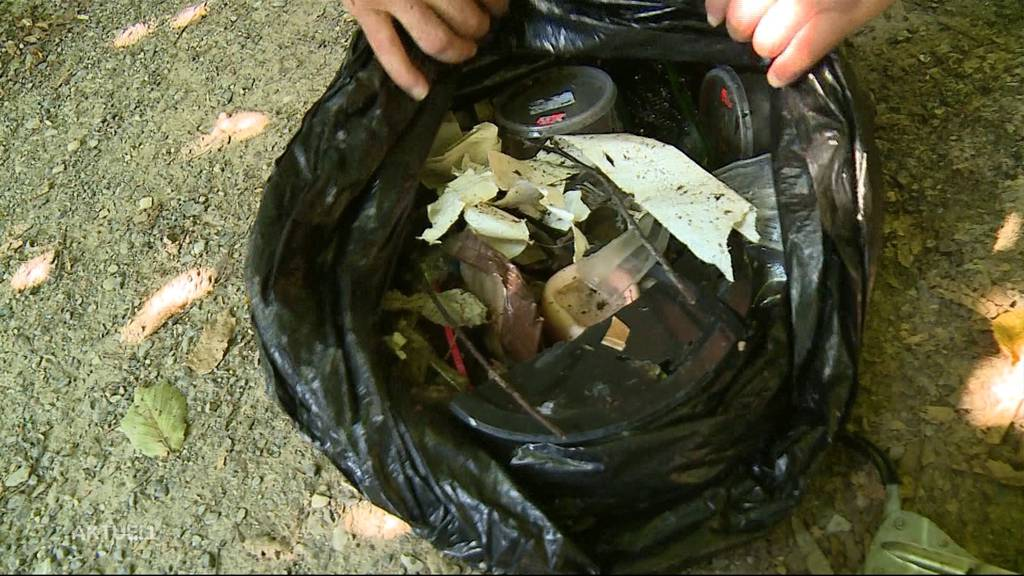 Nationaler Clean-Up-Day: Dosen, Glas und Angelschnur mit der Abfallzange bezwungen
