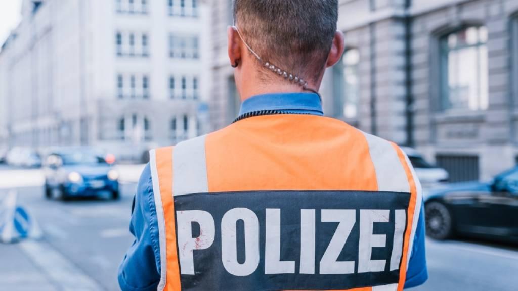 Der Stadtpolizei St. Gallen hat am Freitagabend zwei notorische Fahrausweissünder erwischt. (Themenbild)