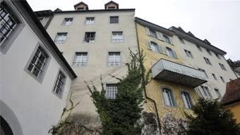 Das Sanierungsvorhaben betrifft die Häuser Milchgasse 35, 33, und 29 (von links), von der Golatti aus gesehen.