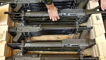 Sturmgewehre der Schweizer Armee (Archiv)