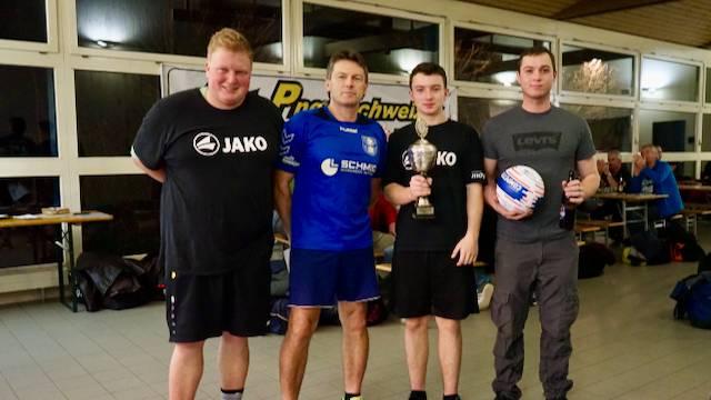 Die Spieler des Turniersiegers und Titelverteidigers Wittnau 1