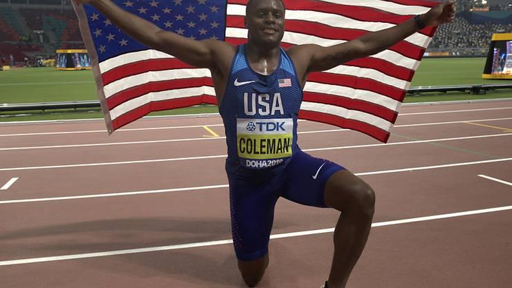Christian Coleman lässt sich nach dem Triumph über 100 m feiern