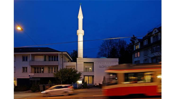 Die Mahmud Moschee ist eine von schweizweit vier Moscheen mit Minaretten.