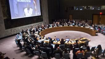 Der UNO-Sicherheitsrat schaut sich ein Video aus Liberia an