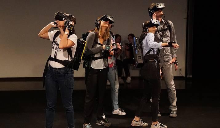 2. Die Zukunft des Films: Virtual Reality ermöglicht eine Teilnahme des Zuschauers am Film.