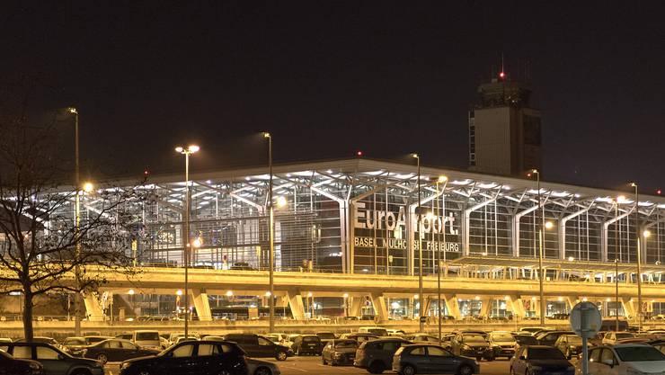 Beim Flughafen-Terminal soll ein Bahnhof entstehen. Wenn der französische Staat sich an den Kosten nicht substanziell beteiligt, ist das Projekt gestorben.