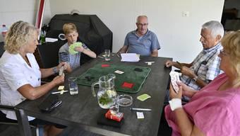 Training der Donnschtig-Jasser bei Thomas Huser von Links: Monika Dietschi, Adrian Schleiss, Thomas Huser, Hans Ulrich Brugger, Nathalie Schindler