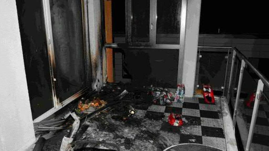 In Wil wurde in der Silvesternacht ein Brand auf einem Balkon durch dort gelandete Feuerwerkskörper ausgelöst.