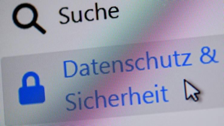 Beim neuen Datenschutzgesetze müssen die Räte nur noch eine grössere Unstimmigkeit aus dem Weg räumen.
