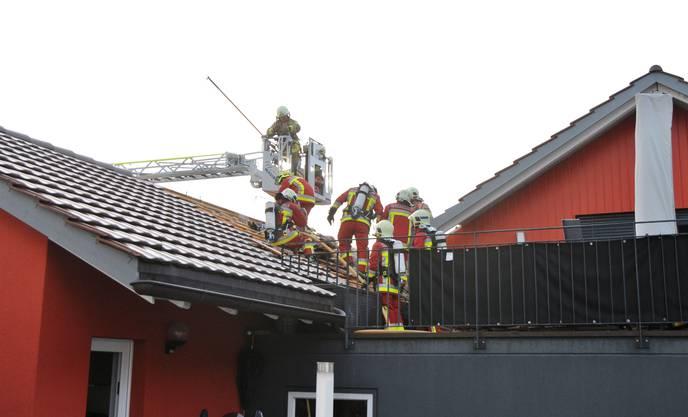 Der Alarm ging um 5.03 Uhr bei der Feuerwehr Böttstein-Leuggern ein.