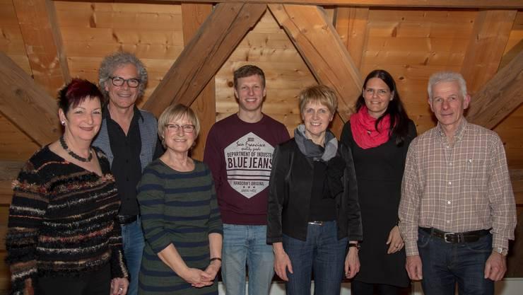 Von links: Margrith Mühle (Aktuarin), Christoph Schwager, Margot Leuenberger (Präsidentin),               Alain Röllin (neu gewählt), Irma Stöckli (Vize-Präsidentin), Martina Stöckli Simon, Beat Jäggi (Kassier)