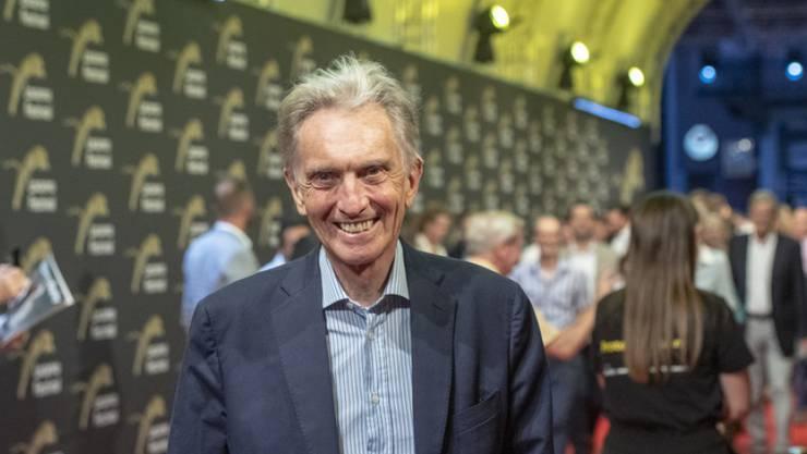 12. April: Marco Solari (76), Präsident des Locarno-Filmfestivals, hat Covid-19 überstanden. Der 76-Jährige konnte das Spital nach einer Intensivbehandlung am 25. März wieder verlassen. Er wurde knapp drei Wochen lang in einer Tessiner Klinik behandelt.
