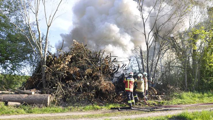 Die Kantonspolizei geht davon aus, dass der Brand vorsätzlich verursacht wurde.