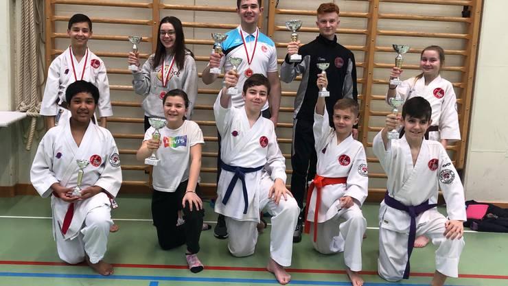 Die erfolgreichen Teilnehmer des Karateclubs Laufenburg