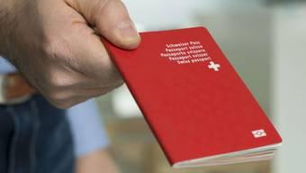 Wie der Weg zum roten Pass verlaufen soll, gibt derzeit im Aargau heftig zu reden.