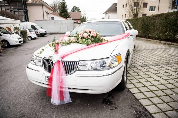 oder als auf der obligaten weissen Hochzeitskutsche.