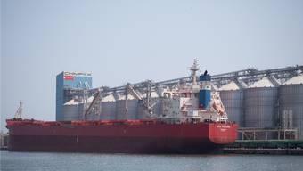 Die neue Silo-Anlage von Ameropa im Hafen der rumänischen Stadt Constanza.