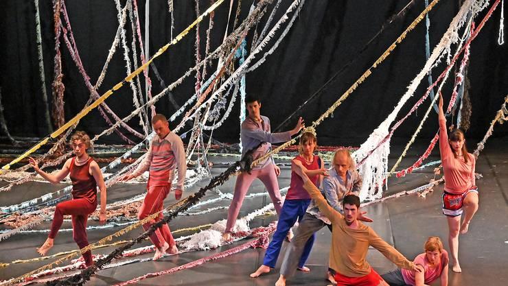 Tanz in Olten ZOO Companie von Thomas Hauert.