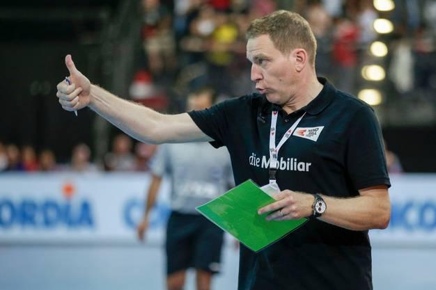 Gefällt mir, gibt Nationaltrainer Michael Suter zu verstehen. Er meint damit sicher auch, dass er Andy Schmid in seinem Team weiss.
