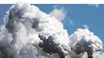 Wer zu viel Dreck in die Umwelt bläst, fällt aus dem Anlageportfolio des Rückversicherers Swiss Re.JUSTIN LANE/EPA/Key