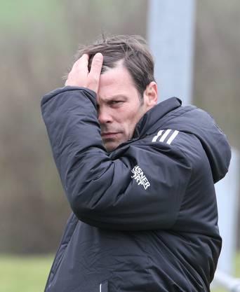 FC-Wettingen-Trainer Beat Studer mochte beim Stand von 2:0 nicht mehr hinsehen