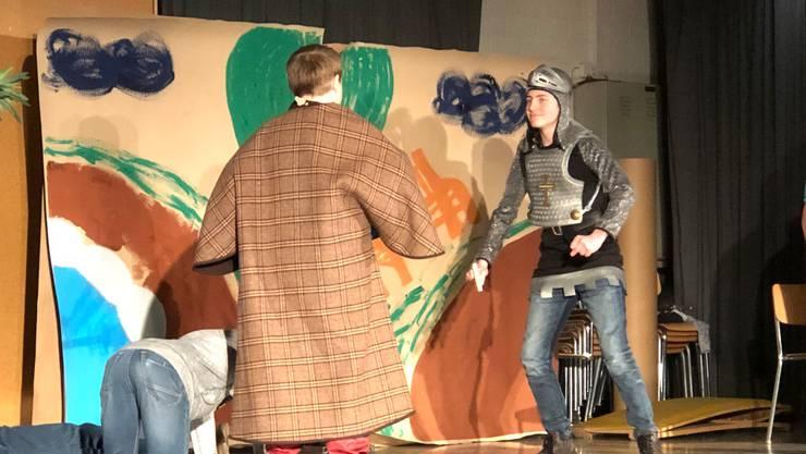 Schüler präsentierten eine lustige Version von «Romeo und Julia».