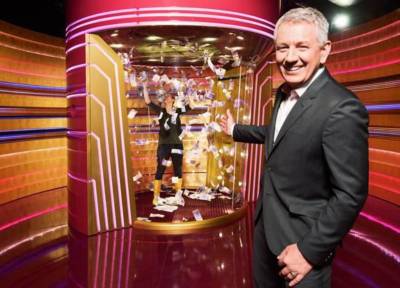 Ein verlässlicher Wert am Samstagabend. Moderator Röbi Koller (61) erreichte im letzten Jahr mit seinen fünf Sendungen durchschnittlich 676'000 Zuschauer. Damit liegt er im SRF-Ranking auf Platz 1 der aktuellen seriellen Samstagabend-Shows.