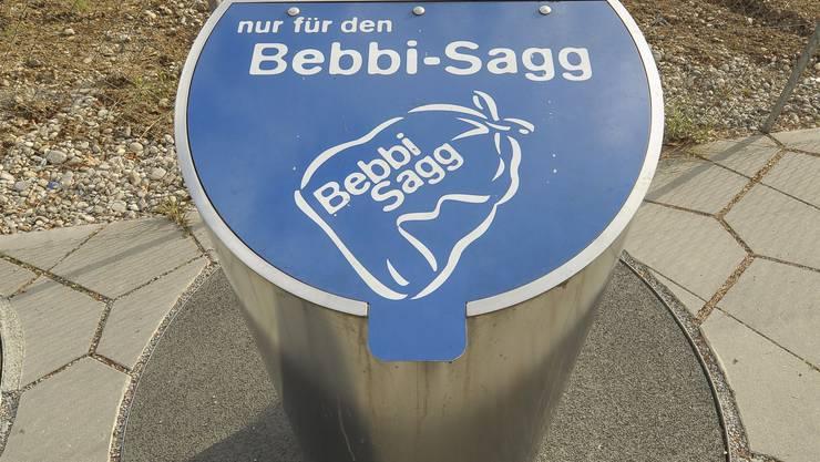 Bebbisagg-Unterflurcontainer.