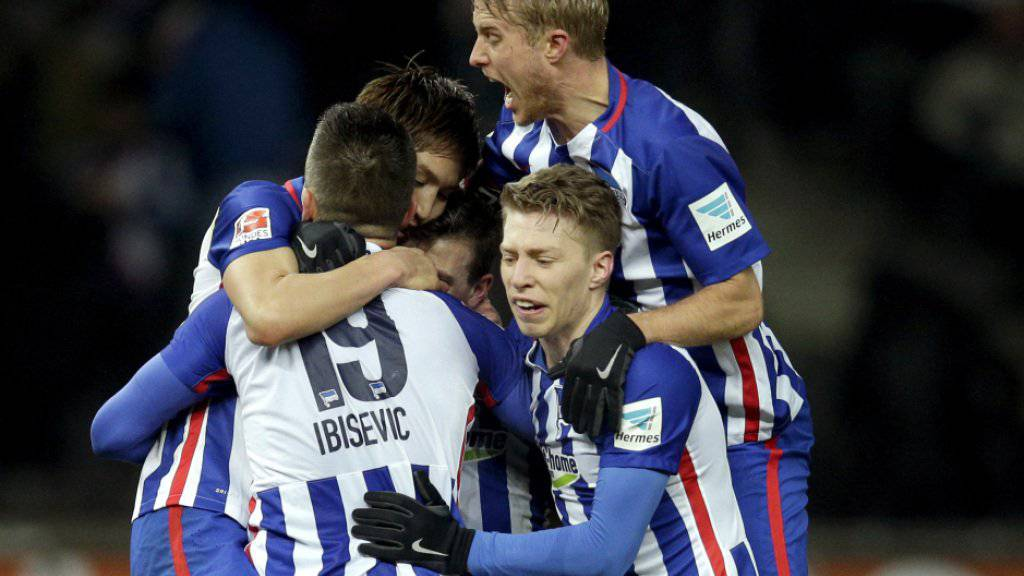 Hertha Berlin konnte nach zehn Jahren erstmals wieder einen Sieg gegen Schalke 04 einfahren