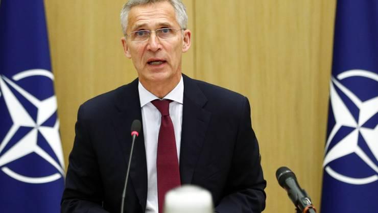 ARCHIV - NATO-Generalsekretär Jens Stoltenberg hat die Gespräche zwischen der afghanischen Führung und den Taliban als historische Gelegenheit bezeichnet. Foto: Francois Lenoir/Reuters Pool/AP/dpa