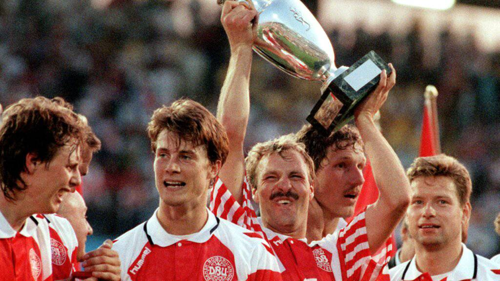 Am Schluss hielten die Dänen den Pokal in die Höhe, obwohl sie ursprünglich die Qualifikation für das Turnier in Schweden verpasst hatten