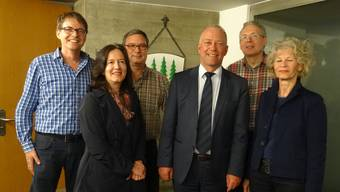 Der Vorstand: Wolfgang von Arx (Co-Präsident), Monika Scherer (Kassierin), Daniel Grob (Sekretär), Martin Wey (Stadtpräsident), Christoph Fink (Co-Präsident) und Heidi Ehrsam (Ressort Personal).