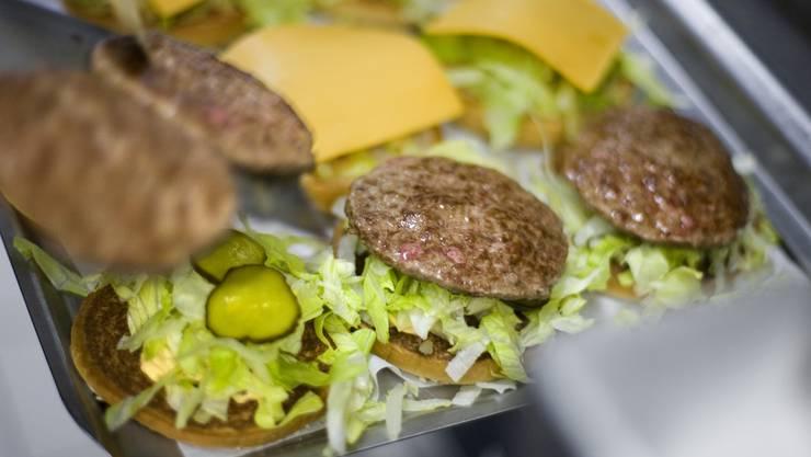 Burger der Fastfood-Kette McDonald's (Symbolbild)