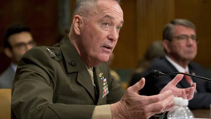 US-Generalstabsschef Joe Dunford schickt das Cyber-Kommando gegen den IS los.