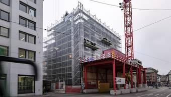 Rundgang über die Baustelle des Neubaus für das Amt für Umwelt und Energie (AUE)
