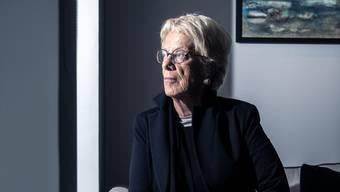 Carla Del Ponte, 72, hat als Kriegsverbrecher-Jägerin die dunkelsten Orte der Menschheit erkundet. Gleichzeitig stand sie im Licht der Weltpresse.