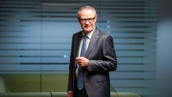 Martin Haefner (65) am Amag-Hauptsitz in Cham.