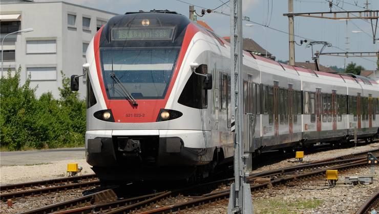 Auf dem S1-Ast zwischen Laufenburg und Stein soll der Halbstundentakt eingeführt werden. Bild: Archiv