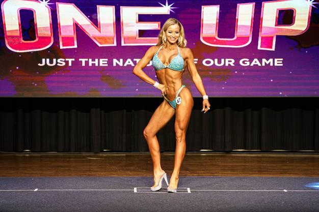 Zeigt ihren Körper an den Wettkämpfen: Carmen Hänggi.