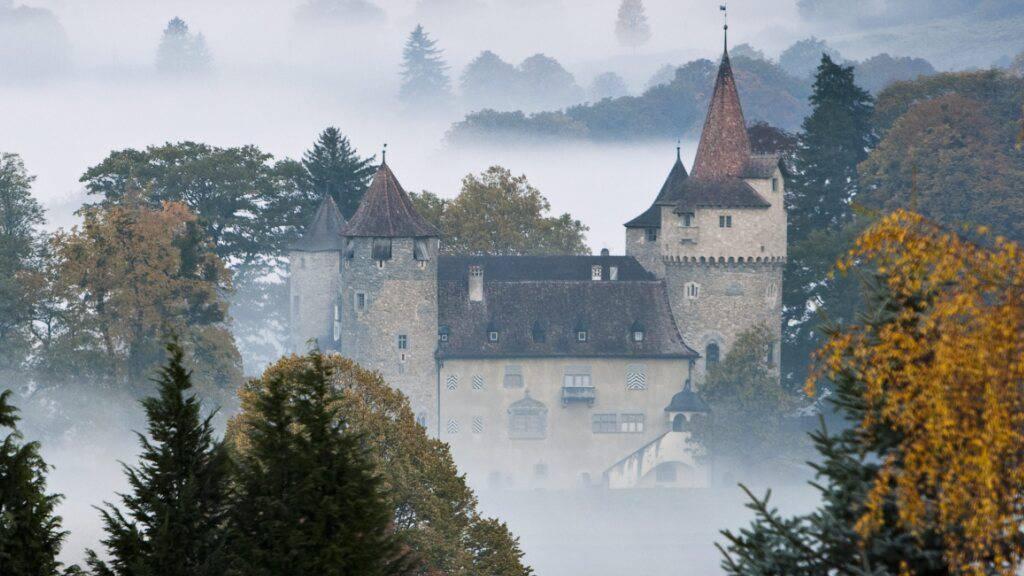 Liechtensteiner Prinz kauft Schloss in Landquart GR