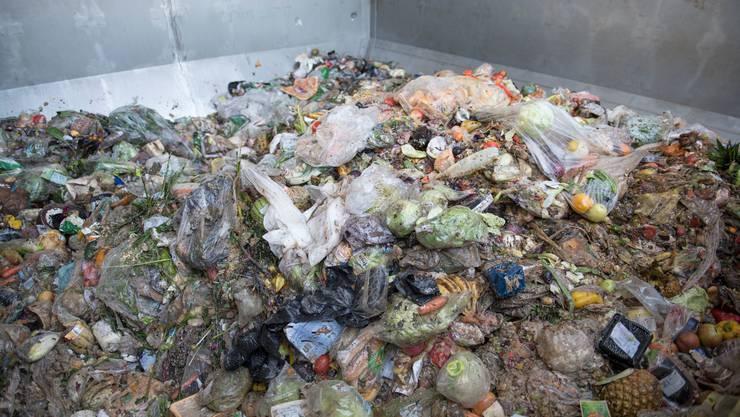 Rund ein Drittel aller Lebensmittel werden in der Schweiz weggeworfen.