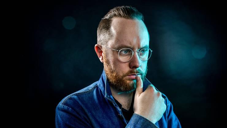 Jürg Halter, 39, ist Schriftsteller, Spoken Word Artist und Speaker. Noch bis zum 28.Juni ist von ihm im Trudelhaus in Baden die Ausstellung «Niemand hier,  der spricht» zu sehen.