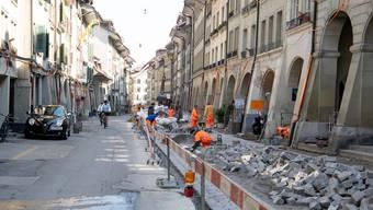 Darf noch gebaut werden? Die Gewerkschaften sorgen sich, dass die Bauarbeiter zu wenig vor dem Corona-Virus geschützt werden.