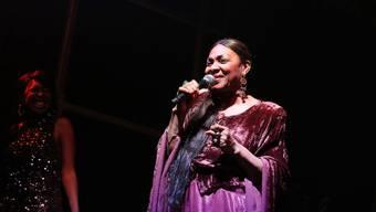 """Die Sängerin Marcia Barrett - früher Boney M. - hat fünf Krebserkrankungen hinter sich. """"Der Tod legt sich nicht mit mir an"""", sagt sie, """"er würde den Kürzeren ziehen"""". (Pressebild)"""